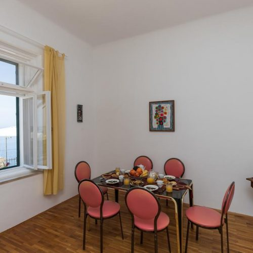 Apartment Tango